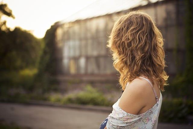 3 tipy jak pečovat o vlnité vlasy