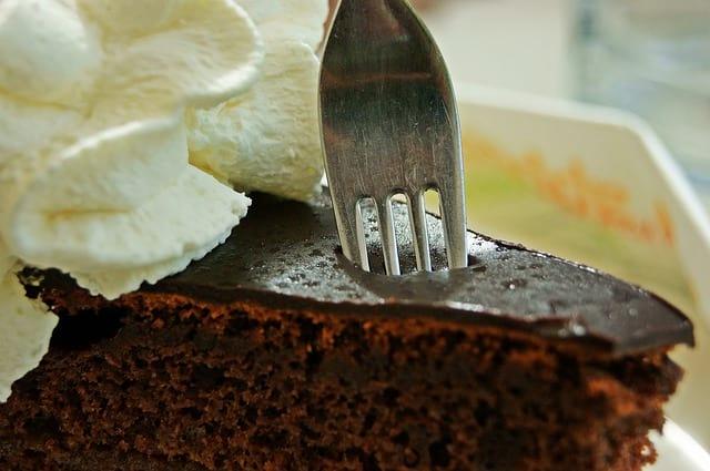 Rychlý a levný čokoládový dort – recept vhodný i pro začátečníky